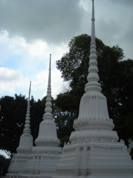 Chedi on the premises of Wat Suwandararam