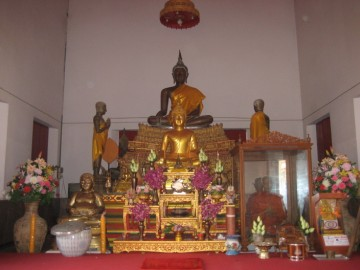 Main Buddha image in the ordination hall